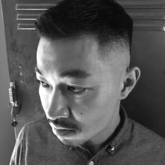 メンズカット ナチュラル フェードカット 刈り上げ ヘアスタイルや髪型の写真・画像