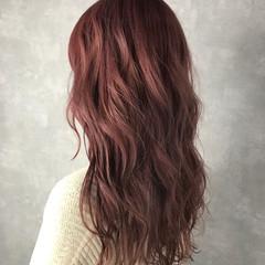 セミロング フェミニン ハイトーン ハイライト ヘアスタイルや髪型の写真・画像