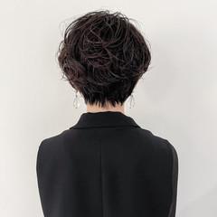 ワンカールパーマ ショート ショートヘア モード ヘアスタイルや髪型の写真・画像