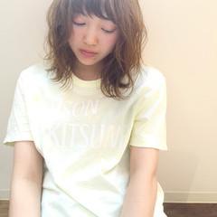 リラックス ヘアアレンジ ミディアム アンニュイ ヘアスタイルや髪型の写真・画像