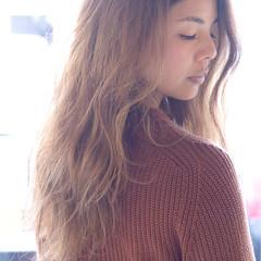大人女子 小顔 外国人風 グレージュ ヘアスタイルや髪型の写真・画像