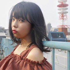 ナチュラル ワイドバング ピュア 前髪あり ヘアスタイルや髪型の写真・画像