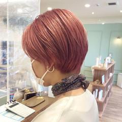 オレンジ ブリーチ ピンク ショート ヘアスタイルや髪型の写真・画像
