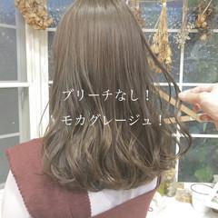 ナチュラル グレージュ ヘアカラー ロング ヘアスタイルや髪型の写真・画像