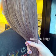 アッシュベージュ シアーベージュ ナチュラルベージュ ナチュラル ヘアスタイルや髪型の写真・画像
