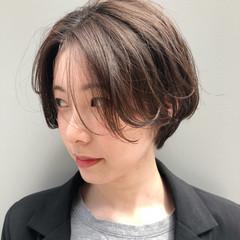 透け感ヘア ショートボブ ナチュラル ショート ヘアスタイルや髪型の写真・画像
