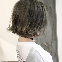 こなれ感 ボブ センターパート ストリート ヘアスタイルや髪型の写真・画像