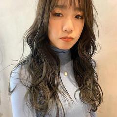 ブルーアッシュ 韓国ヘア シースルーバング ロング ヘアスタイルや髪型の写真・画像