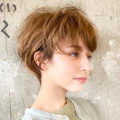 ショートヘア ナチュラル 大人ショート ショート ヘアスタイルや髪型の写真・画像