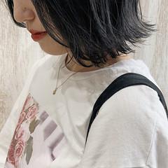 ミニボブ ボブ モード ネイビー ヘアスタイルや髪型の写真・画像