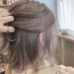 ショートボブ 切りっぱなしボブ インナーカラー ベリーショート ヘアスタイルや髪型の写真・画像