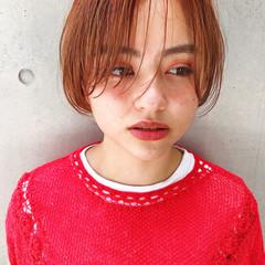 ショートヘア センター分け ナチュラル ショートボブ ヘアスタイルや髪型の写真・画像
