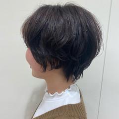 ゆるナチュラル ショート フェミニン 無造作パーマ ヘアスタイルや髪型の写真・画像