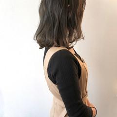 無造作 マットグレージュ ナチュラル マット ヘアスタイルや髪型の写真・画像