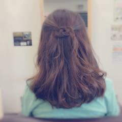 大人かわいい 愛され 簡単ヘアアレンジ セミロング ヘアスタイルや髪型の写真・画像