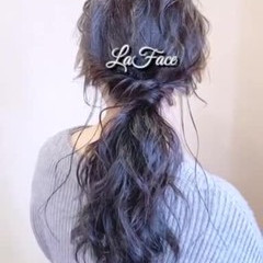 ポニーテール 大人かわいい ロング エレガント ヘアスタイルや髪型の写真・画像