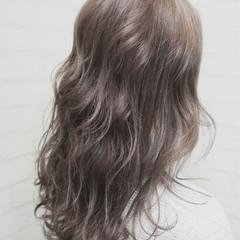 大人かわいい ガーリー アッシュ フェミニン ヘアスタイルや髪型の写真・画像