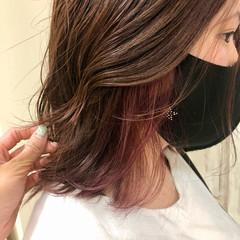 ベリーピンク ピンクブラウン ボブ インナーカラー ヘアスタイルや髪型の写真・画像