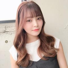 ヨシンモリ フェミニン 巻き髪 シースルバング ヘアスタイルや髪型の写真・画像
