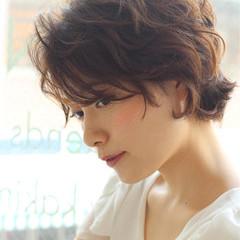 ピュア パーマ 大人かわいい ショート ヘアスタイルや髪型の写真・画像