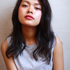 フェミニン ロング 外国人風 コンサバ ヘアスタイルや髪型の写真・画像