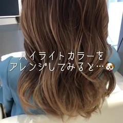 ハイライト フェミニン ベージュ ミルクティーベージュ ヘアスタイルや髪型の写真・画像