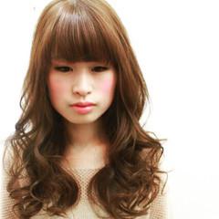 フェミニン ピュア ナチュラル セミロング ヘアスタイルや髪型の写真・画像