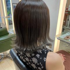 フェミニン 透明感カラー ミディアム 大人可愛い ヘアスタイルや髪型の写真・画像