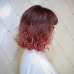 グラデーションカラー ナチュラル 切りっぱなし ブリーチ ヘアスタイルや髪型の写真・画像