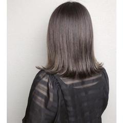 モード ミディアム 切りっぱなしボブ ヘアスタイルや髪型の写真・画像