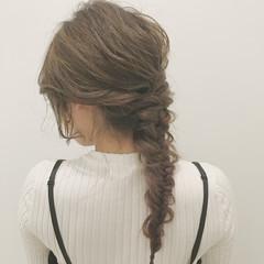 編み込み ハイライト ロング 外国人風 ヘアスタイルや髪型の写真・画像