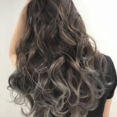 グラデーションカラー フェミニン ロング グラデーション ヘアスタイルや髪型の写真・画像