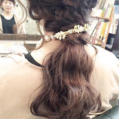 ポニーテール ゆるふわ セミロング ローポニーテール ヘアスタイルや髪型の写真・画像