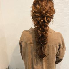 編みおろしヘア フェミニン ブライダル 編み込み ヘアスタイルや髪型の写真・画像