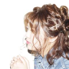 外国人風 ミディアム ヘアアレンジ ゆるふわ ヘアスタイルや髪型の写真・画像
