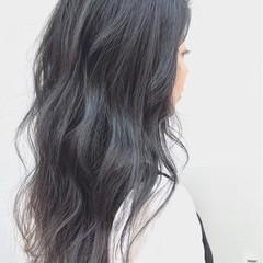 ロング 暗髪 ナチュラル グレージュ ヘアスタイルや髪型の写真・画像