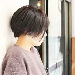 ストリート アッシュグレー ベリーショート ショート ヘアスタイルや髪型の写真・画像