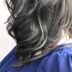 艶カラー セミロング イルミナカラー ダークグレー ヘアスタイルや髪型の写真・画像