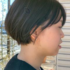 耳掛けショート モード ショート ツーブロック ヘアスタイルや髪型の写真・画像