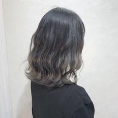 ホワイトグラデーション ブリーチ 外国人風カラー ミディアム ヘアスタイルや髪型の写真・画像