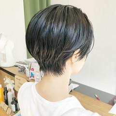 大人かわいい ベリーショート ナチュラル 黒髪 ヘアスタイルや髪型の写真・画像
