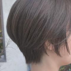 大人女子 グレーアッシュ ボブ ゆるふわ ヘアスタイルや髪型の写真・画像
