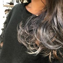 ガーリー ラベンダーアッシュ グレージュ ロング ヘアスタイルや髪型の写真・画像