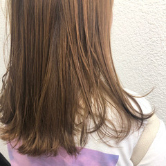 ミディアム ガーリー アプリコットオレンジ インナーカラー ヘアスタイルや髪型の写真・画像