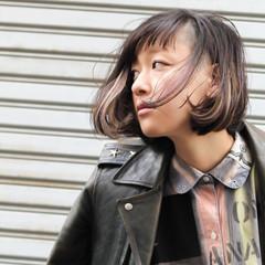 インナーカラー 暗髪 個性的 ストリート ヘアスタイルや髪型の写真・画像