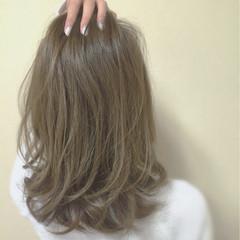 外国人風 ロング グレージュ 大人女子 ヘアスタイルや髪型の写真・画像