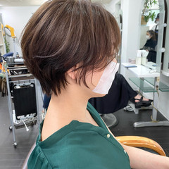 ナチュラル アッシュグレージュ ショートヘア ショート ヘアスタイルや髪型の写真・画像