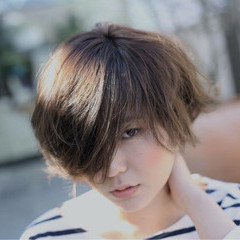 簡単ヘアアレンジ 外ハネ ストリート アッシュ ヘアスタイルや髪型の写真・画像
