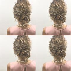 波ウェーブ セミロング 外国人風 結婚式 ヘアスタイルや髪型の写真・画像