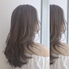 ナチュラル アッシュグレージュ ハイライト グレージュ ヘアスタイルや髪型の写真・画像